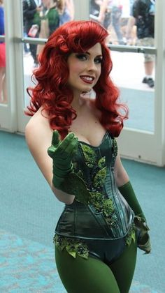 Make Poison Ivy costume yourself maskerix.de - Make Poison Ivy costume yourself Costume idea for women for Carnival, Halloween & Mardi Gras - Dc Cosplay, Cosplay Outfits, Best Cosplay, Cosplay Girls, Red Hair Cosplay, Female Cosplay, Red Hair Costume, Ariel Cosplay, Poison Ivy Cosplay