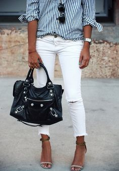 ripped white skinnies & blue striped blouse