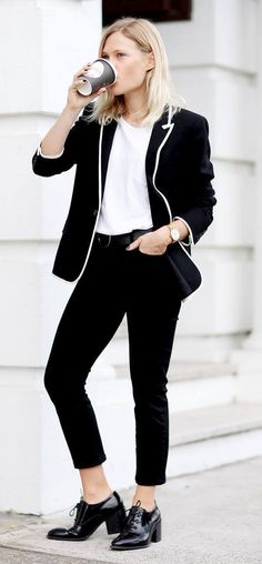 Trendy Office Style Outfit Idea