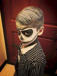 little boy, dressed as jack skellington, with face makeup, toddler halloween costumes, nightmare before christmas inspired disfraces fantasma ▷ ideas for creative Halloween costumes for kids Costume Halloween, Best Toddler Halloween Costumes, Halloween Makeup For Kids, Costume Garçon, Toddler Girl Halloween, Kids Costumes Boys, Creative Halloween Costumes, Boy Costumes, Homemade Halloween Costumes