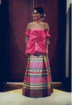Baju Bodo of Sulawesi Batik Kebaya, Kebaya Dress, Batik Dress, Kimono, Batik Fashion, Ethnic Fashion, Asian Fashion, Women's Fashion, Modern Kebaya