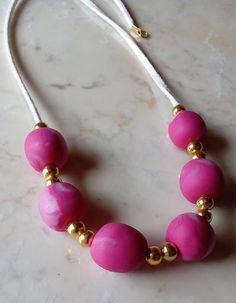db6727b7d9f65385e3ba5c26aee6684c Decorative Beads, Unique Colors, Beautiful Necklaces, Jewelry Shop, Pearl Necklace, Dots, Fancy, Pearls, Bracelets