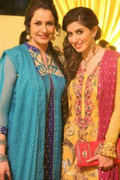 Saba faysal with daughter saddia