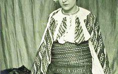 """Constantin Brâncuşi, zeul ţăran.Rockefeller: """"Cum pot să te ajut?"""" Brâncuşi: """"Ia şi mătură atelierul!"""" Constantin Brancusi, Bell Sleeves, Bell Sleeve Top, Tops, Women, Fashion, Romania, Atelier, Moda"""