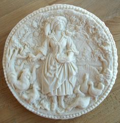 Beautiful Springerle cookie molds: Woman feeding lots of different animals--with deep good detail Dutch Cookies, Cake Cookies, Cupcakes, Pie Crust Designs, Springerle Cookies, Biscuits, Butter Molds, Cookie Bars, Beautiful Cakes