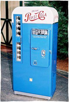 old fashioned pepsi machines | If I Were a Hoarder - Vintage Pepsi Machine