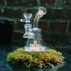This micro beaker is perfect for to take along on an adventure sesh!