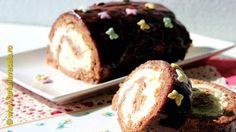 Farfuria vesela: Rulada cu blat cu cacao si crema fina cu mascarpone