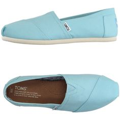 Toms Moccasins ($48) ❤ liked on Polyvore featuring shoes, loafers, sky blue, mocassin shoes, loafers moccasins, elastic shoes, toms shoes and round cap