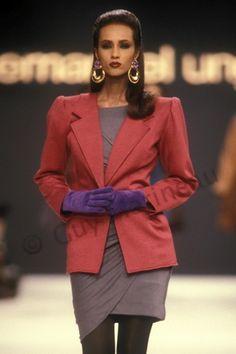Emanuel Ungaro Runway Show 1988 Iman 80s Fashion, Fashion History, Fashion Models, Fashion Looks, Vintage Fashion, Iman Model, Supermodel Iman, Black Supermodels, Original Supermodels