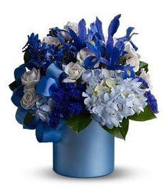 Google Image Result for http://my-weddingdream.com/wp-content/uploads/2010/04/blue-floral-arrangements2.jpg
