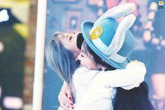 Yoohyeon and Jiu