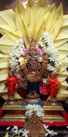 Mandir Decoration, Shiva Songs, Shiva Photos, Hindu Statues, Lord Murugan, Divine Mother, Durga, 4th Of July Wreath, Temple