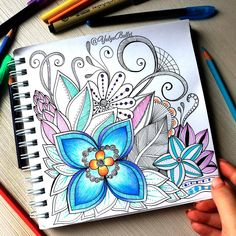 Doodling | Doodles | Floral | hand drawing | Inspiration | Drawings | Easy | Zentangles | Doodle | Simple | Notebook | Ideas | Journal | Challenge | Art | Pattern | Sharpie | Illustration | Designs | Creative | Pen