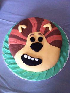 Ned's 2nd birthday cake! Raa raa the noisy lion!