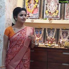Nithya Ram Killadi Kids saree home. Indian Actress Gallery, Indian Actress Hot Pics, Most Beautiful Indian Actress, Beautiful Actresses, Indian Actresses, Beautiful Housewife, Beautiful Blonde Girl, Saree Trends, Rare Pictures