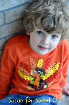 Make a goofy, festive turkey t-shirt using rick rack!  I love it! #HolidayIdeaExchange