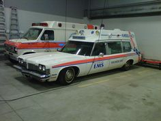 custom made ambulance module American Ambulance, John Law, Flower Car, Lolo, Fire Apparatus, Emergency Vehicles, Train Car, Fire Engine, Commercial Vehicle