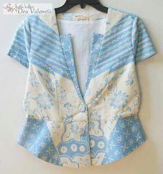 Jf Blouse Batik, Batik Dress, Batik Kebaya, Kebaya Dress, Stylish Tops, Casual Tops, Corsage, Batik Fashion, Batik Pattern