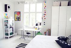 Scandinavian design - great teenager's room.