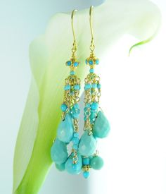 He encontrado este interesante anuncio de Etsy en https://www.etsy.com/mx/listing/86105057/turquoise-jewelry-sleeping-beauty