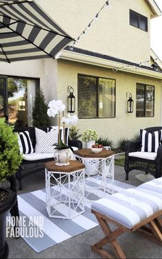 black, white and grey outdoor space. #outdoorideaspatio