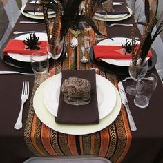 "Flo Jean 's african wedding decor table settings Photo. Pinned in ""Kwanzaa Karamu"" . See the bigger picture! African Wedding Theme, African Theme, African Weddings, Nigerian Weddings, African Style, African Interior, African Home Decor, Traditional Wedding Decor, Traditional Cakes"
