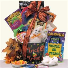 Halloween Gift Basket for Kids ~ Ages 3 to 8-Pre order 10% off, Gourmet & Artisan Foods :: Gift Boxes & Baskets :: Bullszi.com