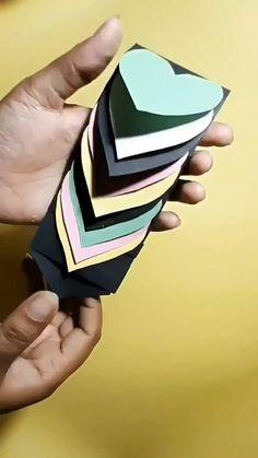Diy Crafts Hacks, Diy Crafts For Gifts, Diy Arts And Crafts, Creative Crafts, Diy Gifts Videos, Cool Paper Crafts, Paper Crafts Origami, Diy Paper, Fun Crafts