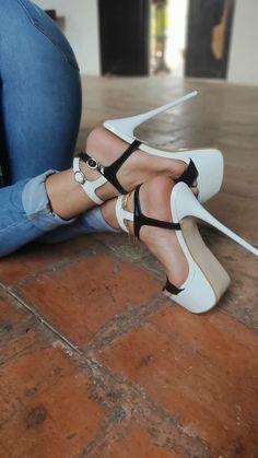 Delicious female feet Tan Strappy Heels, Sexy Legs And Heels, Hot Heels, Sexy High Heels, High Heels Stilettos, Womens High Heels, Stiletto Heels, Thigh High Heels, Pantyhose Heels