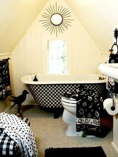 4 Simple and Modern Tricks Can Change Your Life: Attic Kitchen French Country attic makeover home theaters.Attic Art Dreams old attic storage.Attic Renovation Before And After. Attic Renovation, Attic Remodel, Black Decor, White Decor, White Bathroom, Attic Bathroom, Bathroom Ideas, Cottage Bathrooms, Colorful Bathroom