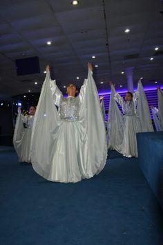 Praise Dance Wear, Praise Dance Dresses, Worship Dance, Praise And Worship, Art Costume, Dance Costumes, Ballet Body, Garment Of Praise, Dance Uniforms