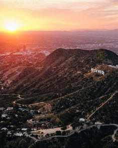 Hollywood Hills, Hollywood California, Places To Travel, Places To Visit, Forever Living Products, Live Love, Grand Canyon, Mountains, Architecture