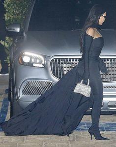 Kylie Jenner Workout, Strapless Dress Formal, Formal Dresses, Kim Kardashian, Street Style, Celebrities, Fashion, Dresses For Formal, Moda