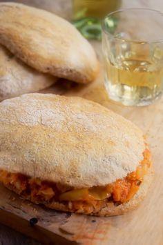 Rústica: Torta de Bacalao( para semana santa ) serve with pugon pan de sal .