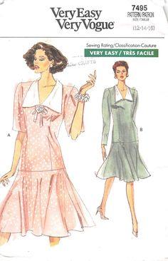 VOGUE 7495 - FROM 1989 - UNCUT - MISSES DRESS