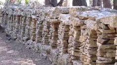 le mur à abeilles de Cornillon-Confoux
