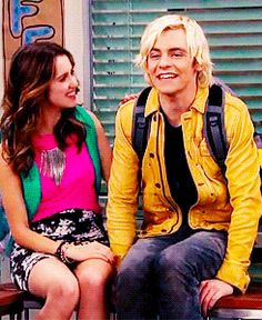 Ross Lynch & Laura Marano        (has a special gif click on this to find out)