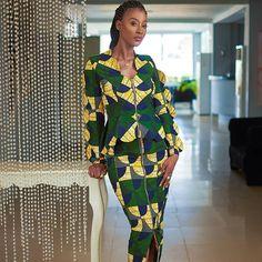 "Ankara Styles by Mona on Instagram: ""Designer @stylistagh Photo: @oabphotography Muse: @sweetiestef Makeup: @juuryproduction Fabric @vlisco #ankarastyles #inspo #ankara…"" Ghanaian Fashion, African Fashion, African Dresses For Women, African Women, African Lace, African Style, Fashion Vocabulary, Ankara Styles, Blouse Styles"