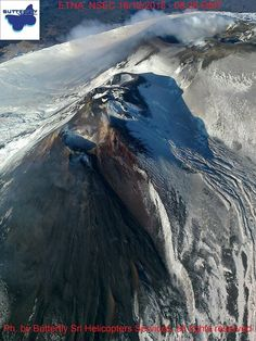 """Etna summit - in the foreground, the NSEC and the """"Puttusiddu"""" - photo J. Mount Shasta, Active Volcano, Mount Fuji, Sicily Italy, Throughout The World, Helicopters, Wonderful Places, Fountain, Butterfly"""