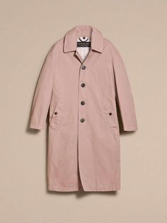 b0de69019f2a Explore all women's clothing from Burberry including dresses, tailoring,  casual separates and more in both seasonal and runway designs