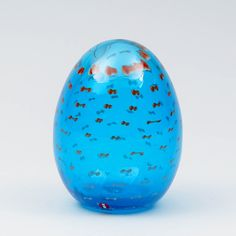 OIVA TOIKKA, NUUTAJÄRVI, signeerattu O.TOIKKA; Korallihaahkan muna, 35/750, k 12,5 cm. Glass Design, Design Art, Alvar Aalto, Finland, Modern Contemporary, Snow Globes, Glass Art, Retro Vintage, Nostalgia