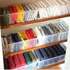 What the kids closets look like after mom watches on Netflix — 💁♀️👩 organization diy hacks 18 Completely Genius Home Organizing Hacks from Japan Organisation Hacks, Organizing Hacks, Wardrobe Organisation, Diy Organization, Clothing Organization, Clothes Storage, Organising, Clothing Racks, Organizing Wardrobe