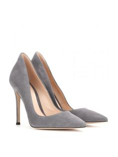 http://sellektor.com/all/mytheresa/strona-31 Suede Pumps