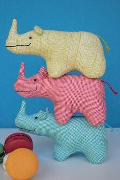 Little Stomp : Rhino sewing pattern