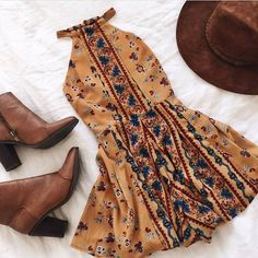 summer look | outfits | floral boho print summer dress | brown leather heel booties | hipster hats | browns