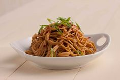 #21dayfix approved recipe! Spicy Chinese Noodles 21 Day Fix Portions (per serving) 2 yellow containers 1 blue container