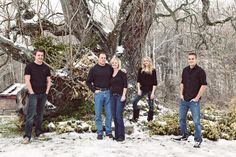 Outdoor Family Portrait Ideas | The Beard Family | Louisville Family Photographer | New Albany | Jules ...