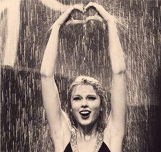 LOVE Taylor Swift (: