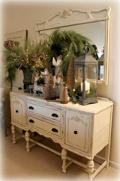 The Fancy Shack: ~A Christmas Tour & Vignettes~~ ♥ Shabby Chic Inspirations #shabbychic